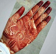 Beautifully detailed inspiration by Nashwah Khan ➖➖➖➖➖ /Henna by Mehndi Design Pictures, Modern Mehndi Designs, Mehndi Designs For Girls, Wedding Mehndi Designs, Beautiful Henna Designs, Dulhan Mehndi Designs, Arabic Mehndi Designs, Mehndi Images, Mehandhi Designs
