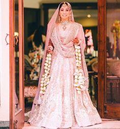 Bridal Outfits, Bridal Dresses, Bridal Dupatta, Pink Lehenga, Lehenga Collection, Indian Bridal Fashion, Indian Outfits, Mehendi Outfits, Indian Gowns