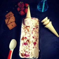Ice cream cheesecake with strawberries Cheesecake Ice Cream, Strawberry Cheesecake, Strawberries, Food, Strawberry Fruit, Essen, Meals, Strawberry, Yemek
