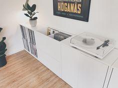 ikea shelf hack - vinyl storage bins