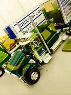 Peterbilt scale model by Robby Gaines