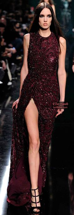 Elie Saab Fall 2014 RTW-Love the color and slit. Not crazy about the top-