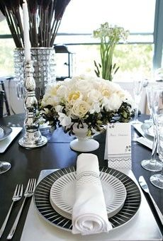 Black and white wedding flowers, wedding reception decor. www.myfloweraffair.com can create this same centerpiece and look.    Splendid Sass: STUNNING TABLESCAPES