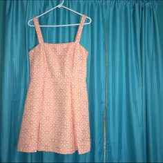 Pink Mini Dress Very good condition.  Thicker material.  Zips up the back.  A little short for my taste. Forever 21 Dresses Mini
