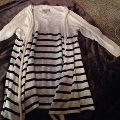 3/4 sleeve striped cardigan Great basic cardigan to have Tops