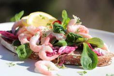 Rekesmørbrød med chiliaïoli Shrimp Sandwich, Aioli, Frisk, Potato Salad, Sandwiches, Mexican, Lunch, Breakfast, Ethnic Recipes