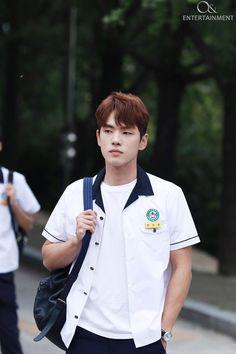 School2017 Kdrama, Kdrama Actors, Kim Joong Hyun, Jung Hyun, Kim Sejeong, Kim Jung, Handsome Actors, Cute Actors, Drama Korea