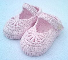 YARA simple baby shoes | Craftsy