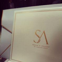 Love how this invitation is very minimal yet so classy. www.miidear.com #wedding #invitations #austin #texas Invites, Wedding Invitations, Austin Texas, Minimal, Classy, Love, Amor, Chic, Wedding Invitation Cards