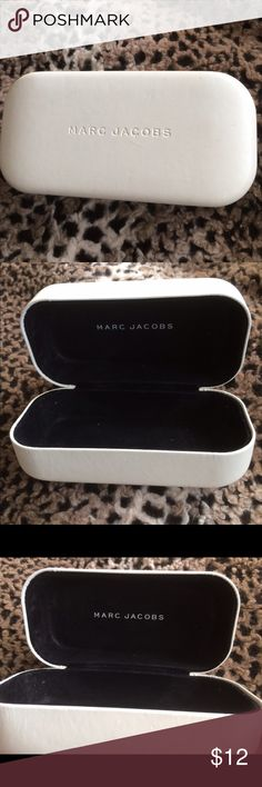 MARC JACOBS Sunglass Case White Leather MARC JACOBS Sunglass Case. Used but good condition. Marc Jacobs Accessories Glasses
