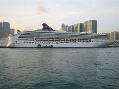 Hong Kong contends with pollution from a growing cruise industry