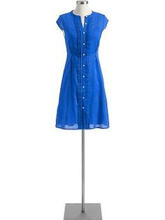 I feel like I'm naturally pulled towards blues because I wear them all day at school, but I love a nice shirt-dress. :)