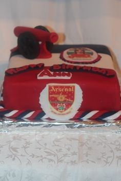 Charlie George ( ARSENAL ) Cake