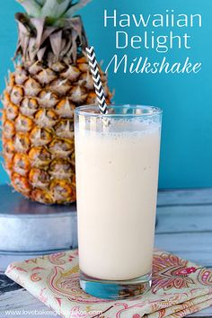 Hawaiian Delight Milkshake (20 oz crushed pineapple  1 pint frozen vanilla ice cream 1 cup coconut milk) Cold Drinks, Non Alcoholic Drinks, Fun Drinks, Yummy Drinks, Beverages, Cocktails, Ice Cream 1, Vanilla Bean Ice Cream, Pineapple Coconut