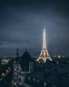 Shared by Find images and videos about city and france on We Heart It - the app to get lost in what you love. Paris France, La Provence France, Paris Torre Eiffel, Paris Wallpaper, Grand Paris, Paris City, Most Beautiful Cities, Belleza Natural, Travel Aesthetic
