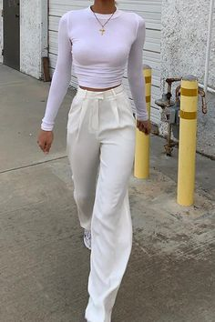 Adrette Outfits, White Outfits, Cute Casual Outfits, Fall Outfits, Fashion Outfits, White Pants Outfit, Outfit With White Pants, Fasion, Cute Pants Outfits