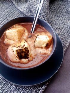 Chocolat chaud à l'orange douce et chamallow (et sucre muscovado)