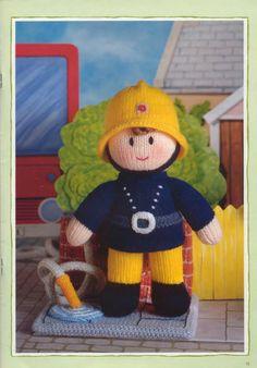 Free ISSUU PDF download tool online | Vebuka.com Knitting Dolls Free Patterns, Doll Amigurumi Free Pattern, Christmas Knitting Patterns, Free Knitting, Knitting Toys, Knit Patterns, Knitted Nurse Doll, Knitted Dolls Free, Crochet Toys