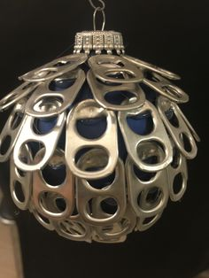 Soda pop ornament for Shawn Soda Tab Crafts, Bottle Top Crafts, Can Tab Crafts, Aluminum Can Crafts, Metal Crafts, Tape Crafts, Diy Christmas Ornaments, Christmas Projects, Handmade Christmas