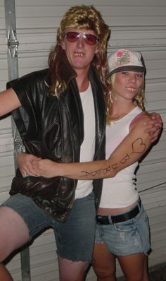 White trash costume ideas. Her outfit is what I'm gonna wear for next year's Halloween costume. :)