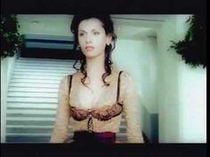 Emma Shapplin in Spente Le Stelle (in spagnolo), un bellissimo brano della grande Emma.