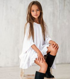 Kristina Pimenova, World's Top Magzines Featuring Young Models Creats Controversy, Eva Ionesco Sues Her Mother Fashion Casual, Tween Fashion, Little Girl Fashion, Girls Fashion Clothes, Teen Clothing, Fashion 2015, Clothing Stores, Fashion Trends, Fashion Styles