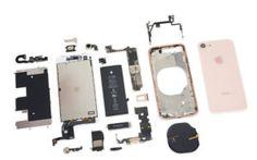 Szétkapták az iPhone 8-at. Megmutatjuk, mit rejt a belseje!
