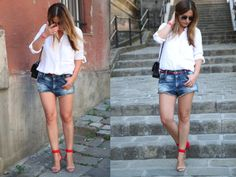 #streetstyle #denimshorts #white #blouse #look #outfit #ootd #fashionblogger
