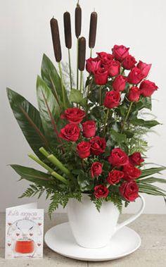 Como hacer un centro de flores artificiales con claveles y for Plantas decorativas artificiales bogota