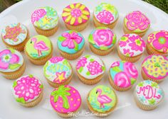 Lily Pulitzer inspired cupcakes!
