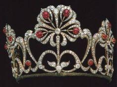 Fabergè - I gioielli dei Romanov - Diadema donato dallo Zar Alessandro II alla figlia Maria Alexandrovna in occasione del suo matrimonio nel 1874.