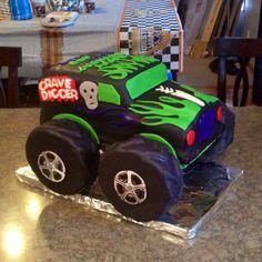 super ideas for monster truck cake gravedigger Monster Jam Cake, Monster Truck Birthday Cake, Monster Truck Party, Monster Trucks, Monster Truck Cakes, Digger Birthday Parties, Birthday Fun, Birthday Ideas, Party Cakes