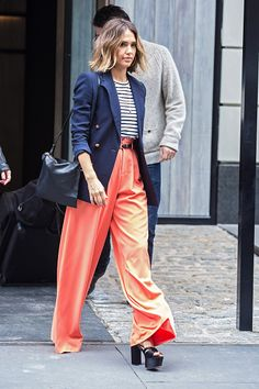 Jessica Alba's Ralph Lauren blazer and A.L.C. tee. See 5 other celebrities whose spring outfits killed it.
