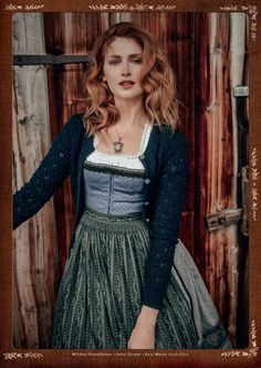 For her traditional line, Lena Hoschek focuses on earthy nuances that are paired with pieces that appear in a romantic, highly feminine way. Pretty Outfits, Fall Outfits, Cute Outfits, Fashion Outfits, Feminine Mode, Ethno Style, Looks Vintage, Traditional Outfits, Aesthetic Clothes