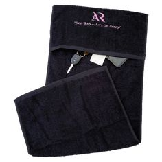 A gym towel with a pocket for essentials; no need to bring a bag. Loop the pocket over a gym bench to hold in place whilst you workout. Pilates Workout, Gym Workouts, Ar Accessories, Gym Towel, Best Gym, Sports Leggings, Activewear, Bench, Essentials