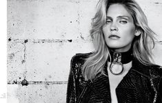 Heidi Mount styled in the Zana Bayne 'Choker Collar' for Harper's Bazaar Latin America, Styled by Nick Nelson, Photo by Blossom Berkofsky 90s Fashion, Couture Fashion, Fashion Models, Fashion Show, Fashion Looks, Fashion Trends, Dark Fashion, Collar And Leash, Collar And Cuff