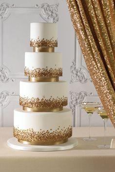 Wedding Cakes Sunshine Coast & Brisbane | Zoe Clark Cakes #weddingcakes