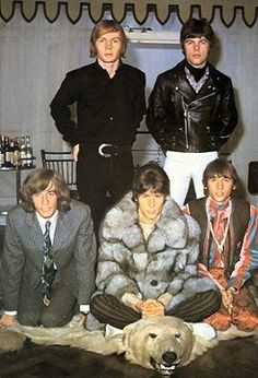 Bee Gees - I LOVE ALL THEIR OUTFITS!!!