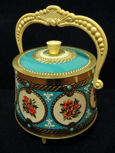 tin with handle