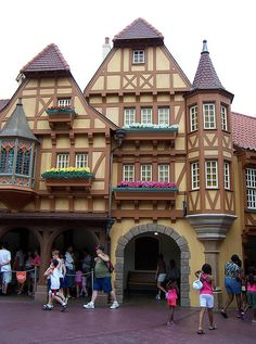 Walt Disney World Recreated...Save 50% on Your Disney World Trip  http://www.inventeo.com/the-ultimate-disney-world-savings-guide-review/