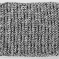Front Post Double Crochet around Single Crochet Square for Checkerboard Textures Throw free pattern ✿⊱╮Teresa Restegui http://www.pinterest.com/teretegui/✿⊱╮
