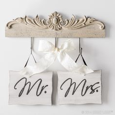 Congratulations! The next chapter of your love story is about to begin. Beautiful wedding signs will help set a romantic backdrop for your big day.