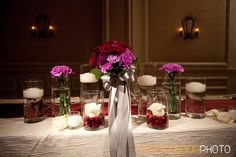 table decoration in red and pink