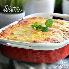 It's green chili roasting season in New Mexico. All recipes must have green chili as a key ingredient! This Chicken Enchilada Recipe is delicious and super easy to make! Enchilada Casserole, Enchilada Recipes, Noodle Casserole, Enchilada Sauce, Chicken Casserole, Mexican Food Recipes, Mexican Dishes, Chicken Enchiladas, Cooking Recipes