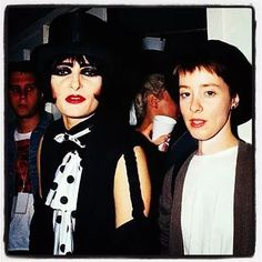 Siouxsie Sioux and Suzanne Vega Siouxsie Sioux, Siouxsie & The Banshees, Music Is Life, My Music, Suzanne Vega, Vegas, Alternative Music, Dark Places, Ice Queen