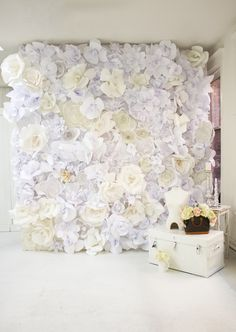 DIY flower backdrop Cool idea for a wedding back drop