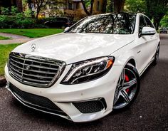Elegant Looking Ride #cars #luxury #luxurycars #luxurylifestyle #luxuryvehicles #Carporn #Exoticcars #Dreamcars