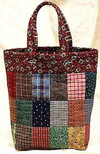Country Tote Bag Pattern - Click Image to Close Sacs Tote Bags, Quilted Tote Bags, Patchwork Patterns, Patchwork Bags, Quilted Bags Patterns, Tote Bag Patterns, Crazy Patchwork, Bag Quilt, Denim Bag