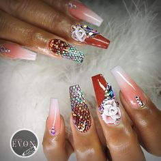 No day off for a sick nail tech 😷  ▫️▫️▫️▫️▫️▫️▫️▫️▫️▫️▫️▫️▫️▫️ #vietnails #vietsalon #nailsmagazine #nailpro #glitternails #nail_me_good_ #vanessanailzfeatures #nails #wakeupandmakeup #makeup #beauty #vegas #vegas_nay #starbucks #fashion #longnails #stilettos #nailporn #nailswag #nails2inspire #nailstagram #nailsofinstagram  #hudabeauty #uglyducklingnails #nailaddict