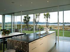 Taumata Road Residence by Simon Carnachan | HomeDSGN